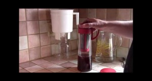 Demo of the Hario Mizudashi Cold Brew Coffee Pot